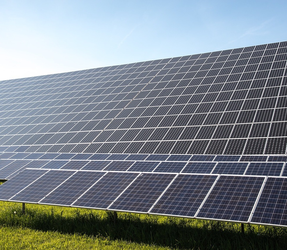 Decrease in costs of silicon PV cells of 99.5% since 1977