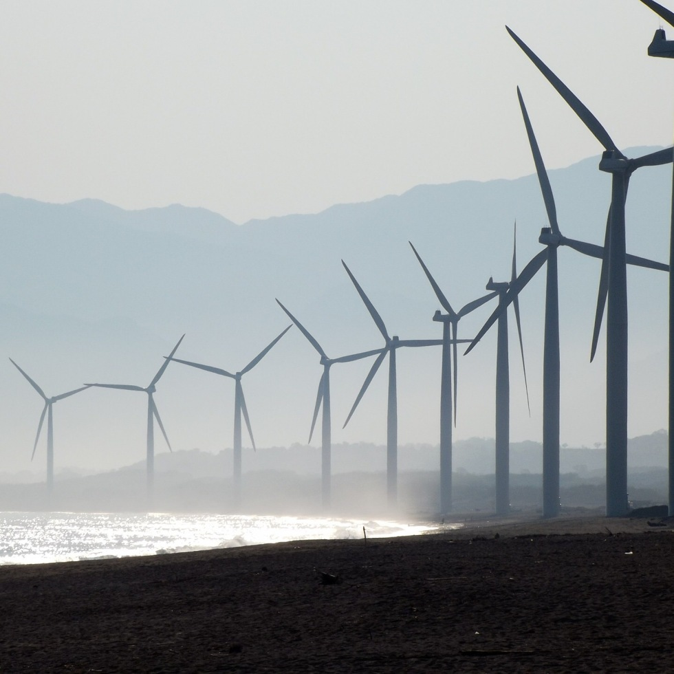 Clean energy investment increased 5 fold since 2004
